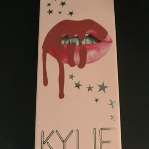 Other - Kylie Jenner Liquid Lipstick Kit in Angel